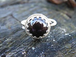 Prstene - Strieborny prsteň Ag925 Granát - 10244846_