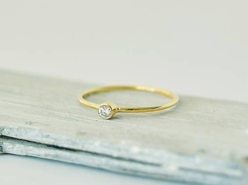 585 14k zlatý zásnubný prsteň s prírodným diamantom 2 eb2de59fc85