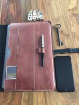 Na notebook - Kožený obal na MacBook Air 13, dokumenty veľkosti A4, vizitky a perá - 10249384_
