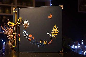 Papiernictvo - Fotoalbum klasický, polyetylénový obal s potlačou ,,Kvetinkový poloveneček na tmavomodrom podklade,, - 10248349_
