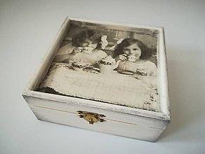 Krabičky - Vintage šperkovnica dievcatka - 10246980_