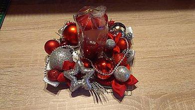 Dekorácie - Červený svietnik - 10251987_