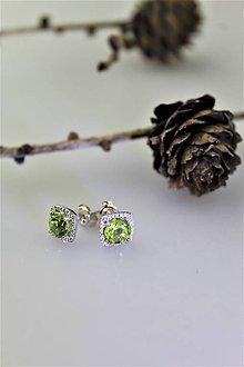 Náušnice - olivín náušnice - napichovačky v striebre Ag925/1000 - 10252074_