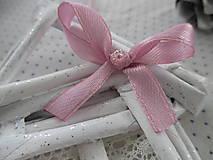 Dekorácie - Roztomilý domček s ružičkami - 10251354_