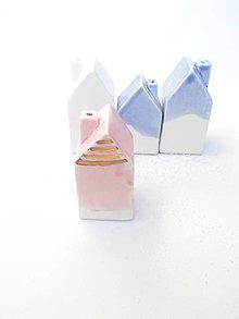 Nádoby - Korenička, soľnička dom (Ružová s glazúrou s obsahom  zlata) - 10250488_