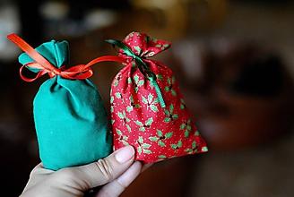 Úžitkový textil - Vianočné levanduľové vrecúško - 10251060_