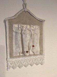 Úžitkový textil - Mini vreckárik biely krajkový - 10255187_
