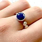 Prstene - Elegant Faceted Sapphire Ring / Elegantný prsteň s brúseným zafírom /1370 - 10256588_