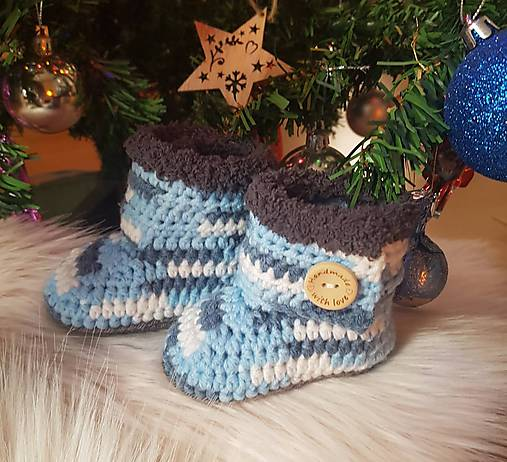 Sivo-modré čižmičky