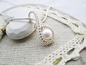 Náhrdelníky - nežná perla - 10260498_