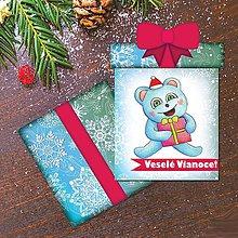 Papiernictvo - Vianočná pohľadnica/darček - ľadový medvedík a balíček (vločkový) - 10259779_