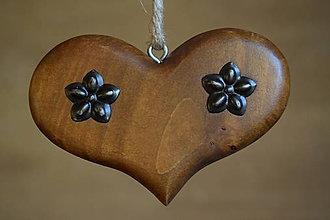 Dekorácie - Drevené srdiečka (11,5 x 8 x 2  - Hnedá) - 10261324_