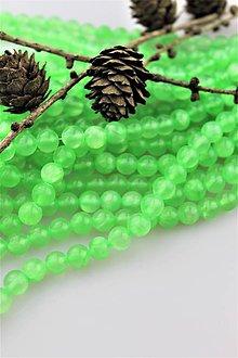 Minerály - jadeit smaragdový korálky 8mm - 10264542_