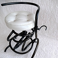 Nábytok - Kovaná stolička Gladness - 10265440_
