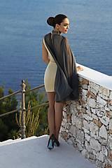 Šaty - Koktailové šaty s khaki sieťkou s kryštálmi PRECIOSA - 10268461_