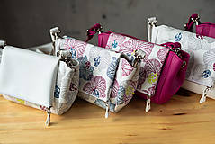 Kabelky - Kabelka CUTE bag - biela so šedou potlačou na tele - 10270890_