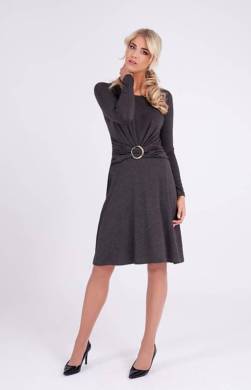 Šaty - Úpletové šaty so zlatou sponou - 10269846_