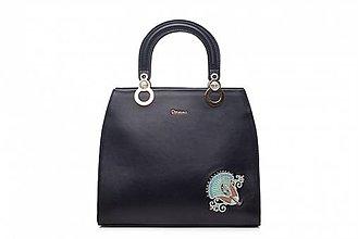 Kabelky - Kožená čierna kabelka s výšivkou a pozlátenými komponentmi - 10270746_