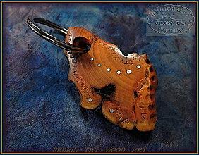 Kľúčenky - 46. Dřevěná KLÍČENKA  - HLOH z Háje - 10274057_