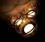Svietidlá a sviečky - Farebné srdiečka - maľovaný sklenený svietniček - na objednávku - 10275860_