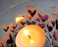 Svietidlá a sviečky - Farebné srdiečka - maľovaný sklenený svietniček - na objednávku - 10275883_