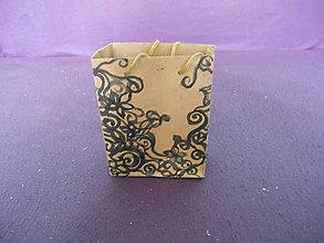 Materiál ručne robený - papierová taštička - 10277313_