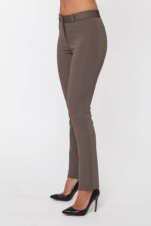 Dámske strečové nohavice hnedé