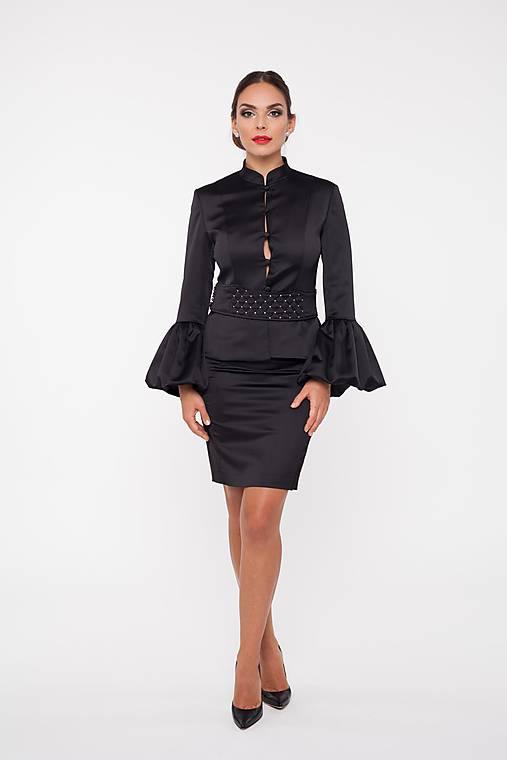 Dámske sako s rozšírenými rukávmi čierne