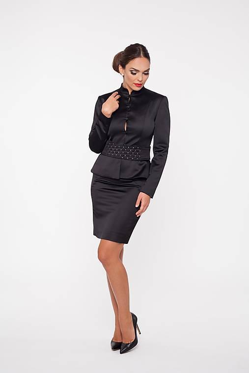 Dámske sako s rovnými rukávmi čierne
