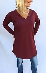 Tričká - Vínové predĺžené tričko s V strihom - 10275648_