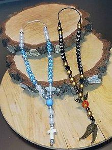 Iné šperky - Prívesok alebo amulet do auta  s textom  na želanie s textom menom alebo dátumom aj farebne podla vašeho priania - 10278818_