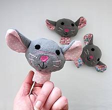 Hračky - Prstová maňuška zvieratko (myška na výber) - 10278201_