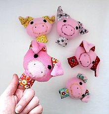 Hračky - Prstová maňuška zvieratko (prasiatko na výber) - 10279709_