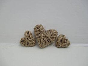 Dekorácie - Tri srdiečka - 10279314_