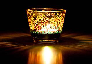 Svietidlá a sviečky - VÝPREDAJ - Svietnik - Rozkvitnutá lúka v daždi - 10280187_