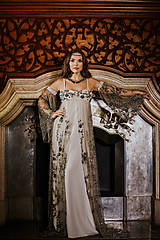 Couture šaty LEILA SILVER