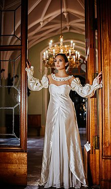 Šaty - Couture šaty TOSCA with PEARLS - 10280222_