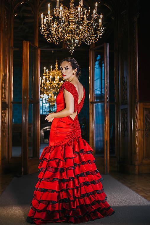 Couture šaty CARMEN vith CORALS