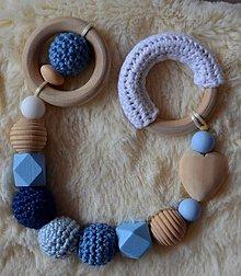 Hračky - Drevené hryzátko srdiečko (Modrá bez klipu, 2x krúžok) - 10283670_