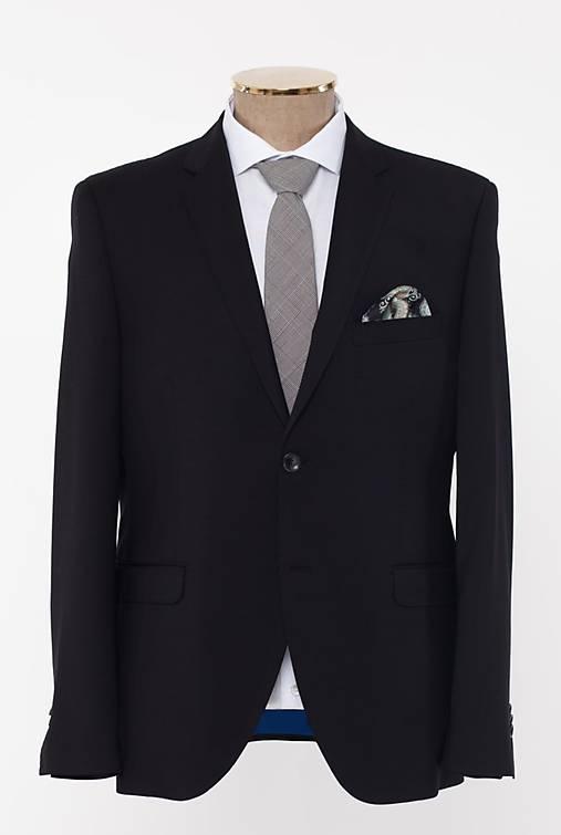 LUXEMBOURG čierny oblek