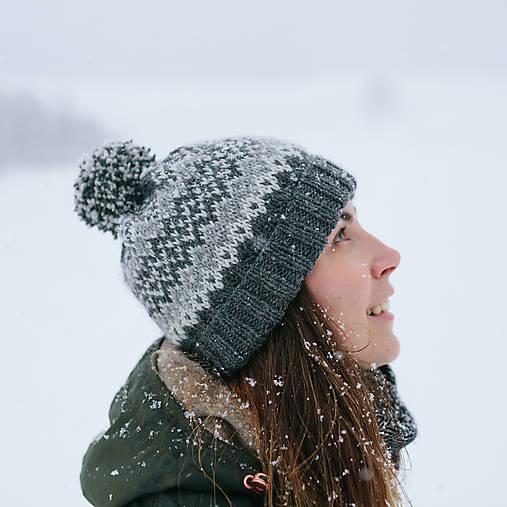Čiapky - šedá čiapka s nórskym vzorom - 10285863_