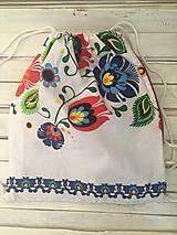 Batohy - folklorny batoh s veľkým vzorom - 10287498_