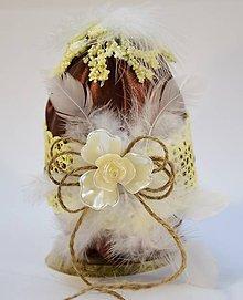 Dekorácie - Vajíčko s pierkami - 10288307_