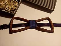 Doplnky - Pánsky drevený motýlik ORECHOVÉ DREVO - 10287438_