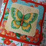 Úžitkový textil - Návliečka na vankúš s motýľom zelenožltým - 10290630_