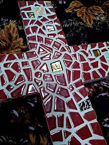 Socha - Kríž zo zeme stvorený - 10291544_