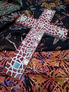 Socha - Kríž zo zeme stvorený - 10291555_