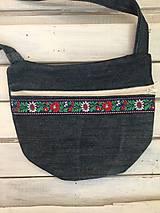 riflová folklorna kapsa