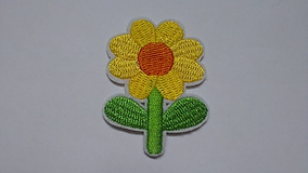 Galantéria - Nažehľovačka Žltý kvietok - 10288714_