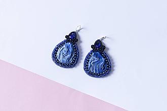 Náušnice - Hodvábne náušnice so šujtášom modro-čierne - 10290393_